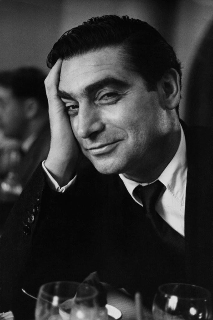 robert capa photographer