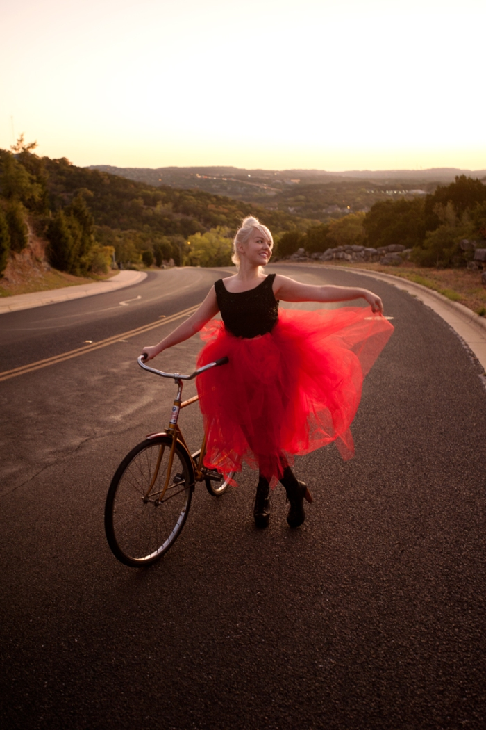 femme et vélo jenny